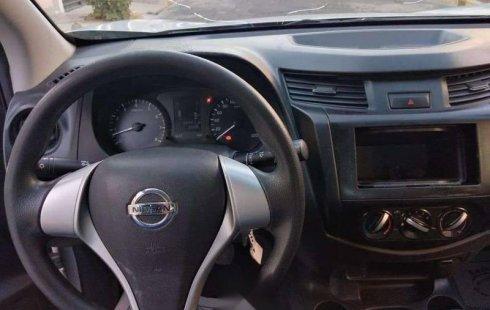 Nissan NP300 2.5 Estacas Dh Mt