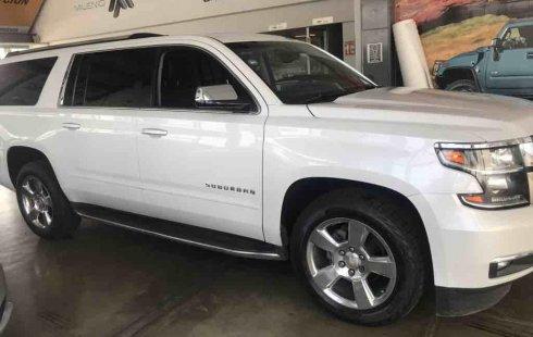Se vende urgemente Chevrolet Suburban 2017 en Zapopan