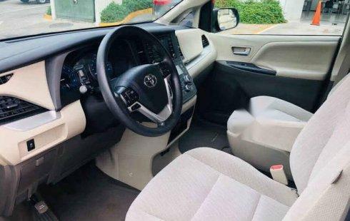 Toyota Sienna 2019 5p LE V6/3.5 Aut