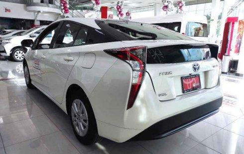 Toyota Prius Premium SR 2016 impecable en Cuautitlán Izcalli