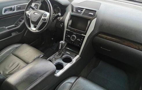 Auto Ford Explorer Limited 2014 de único dueño en buen estado