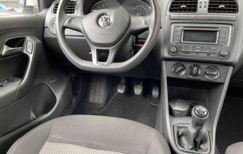 Volkswagen Vento 2016 4p Comfortline L4/1.6 Man