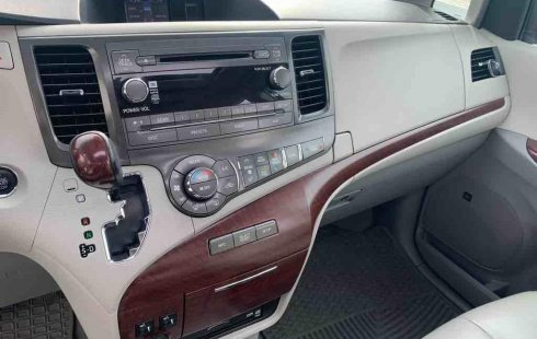 Toyota Sienna 2014 impecable en Tlalpan