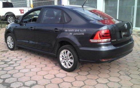Volkswagen Vento Comfortline 2018 en buena condicción