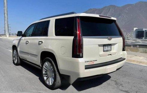 Venta de Cadillac Escalade 2015 usado Automático a un precio de 699000 en Monterrey