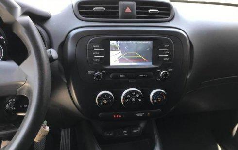 Auto Kia Soul LX 2019 de único dueño en buen estado