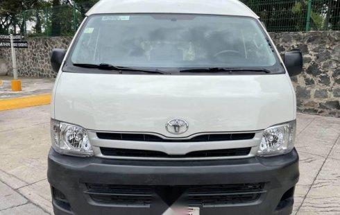 Se vende urgemente Toyota Hiace 2013 en Coyoacán