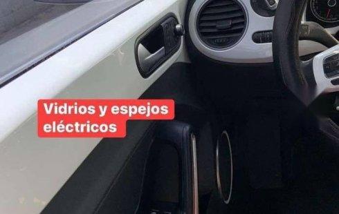 Volkswagen Beetle Sport 2017 en buena condicción