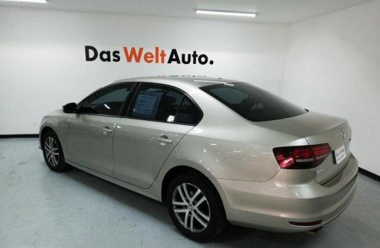 Volkswagen Jetta 2016 Precio
