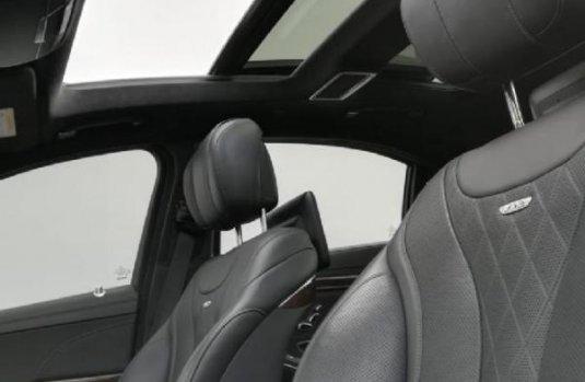Carro Mercedes-Benz Clase S 2016 de único propietario en buen estado