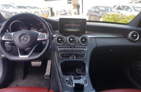 Auto usado Mercedes-Benz Clase C 2016 a un precio increíblemente barato