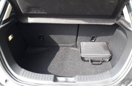 Tengo que vender mi querido Mazda 2 2013 en muy buena condición