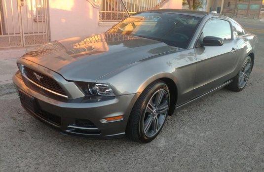 Ford Mustang 2014 importado Std