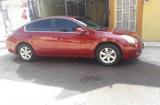 Quiero vender inmediatamente mi auto Nissan Altima 2007 muy bien cuidado