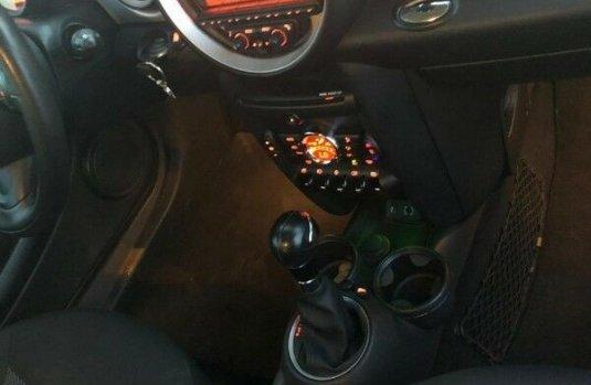 Vendo un carro MINI Cooper 2013 excelente, llámama para verlo