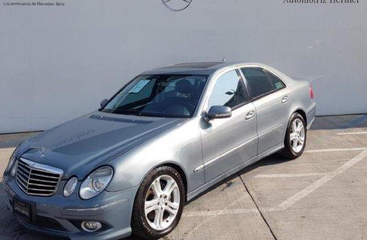 Quiero vender inmediatamente mi auto Mercedes-Benz Clase E 2008