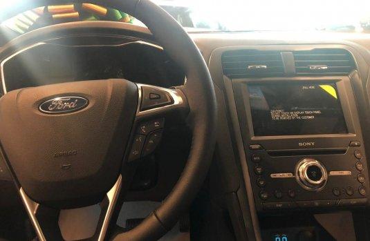 Un carro Ford Fusion 2019 en Hidalgo