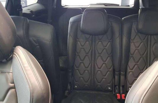 Se vende un Peugeot 5008 de segunda mano