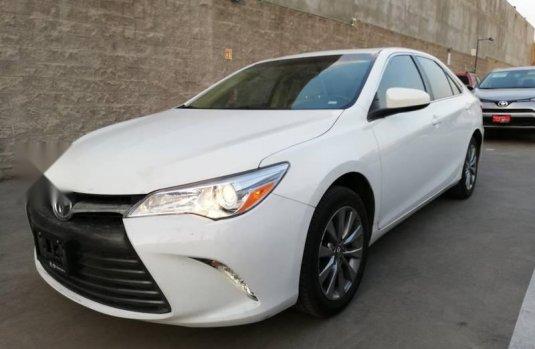 Se vende urgemente Toyota Camry 2017 Automático en Irapuato