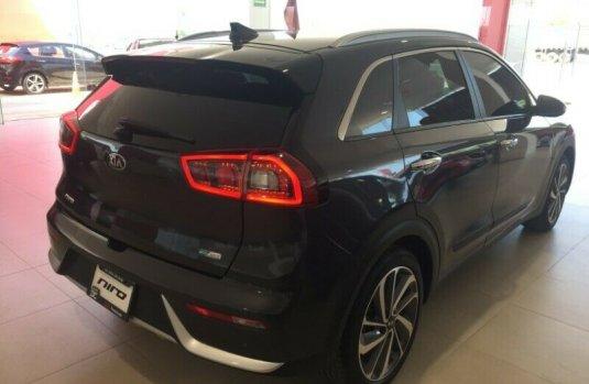 Me veo obligado vender mi carro Kia Niro 2018 por cuestiones económicas