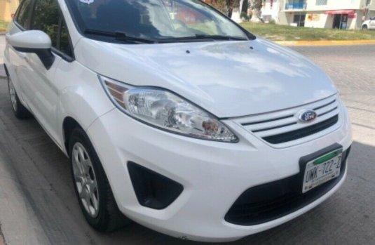 Ford Fiesta impecable en San Luis Potosí