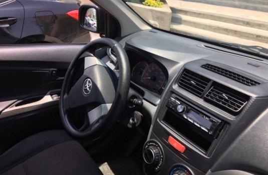 Tengo que vender mi querido Toyota Avanza 2013