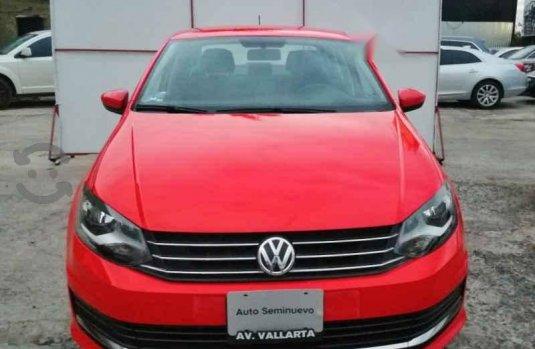 Se vende urgemente Volkswagen Vento 2018 Automático en Zapopan