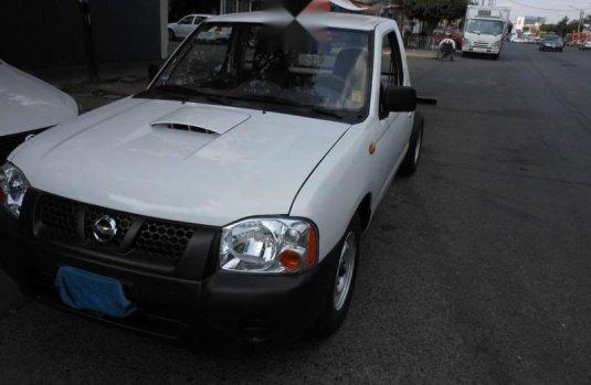 Quiero vender urgentemente mi auto Nissan Chasis 2007 muy bien estado