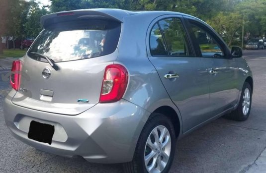 Nissan March 2014 impecable