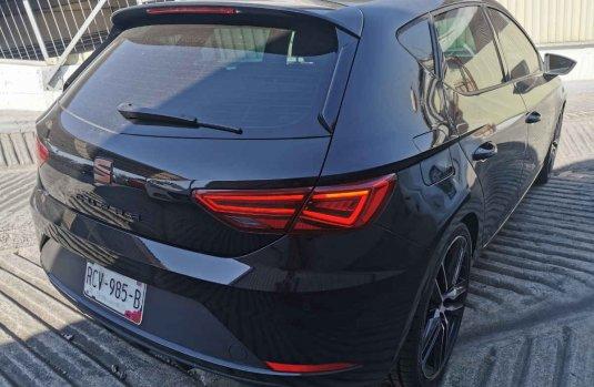 Quiero vender urgentemente mi auto Seat Leon 2020 muy bien estado