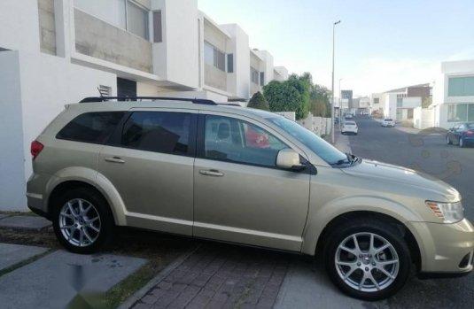 Quiero vender inmediatamente mi auto Dodge Journey 2011 muy bien cuidado