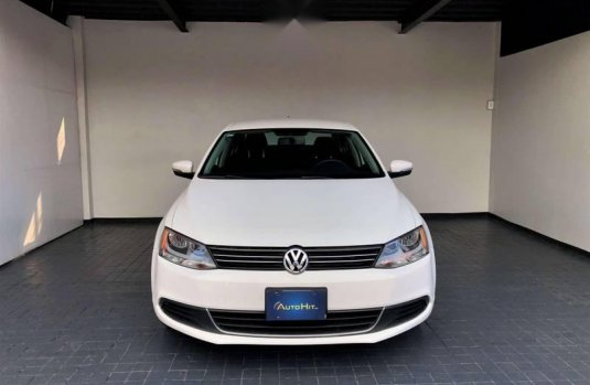 Tengo que vender mi querido Volkswagen Jetta 2012