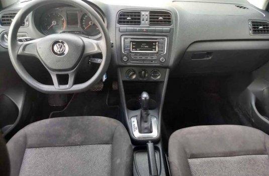 Tengo que vender mi querido Volkswagen Polo 2019