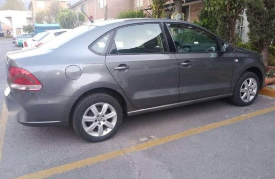En venta un Volkswagen Vento 2014 Manual muy bien cuidado