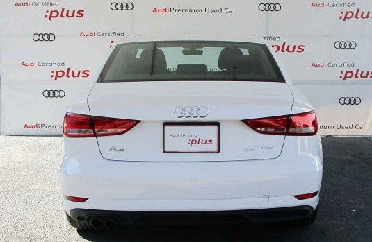 En venta un Audi A3 2019 Automático muy bien cuidado