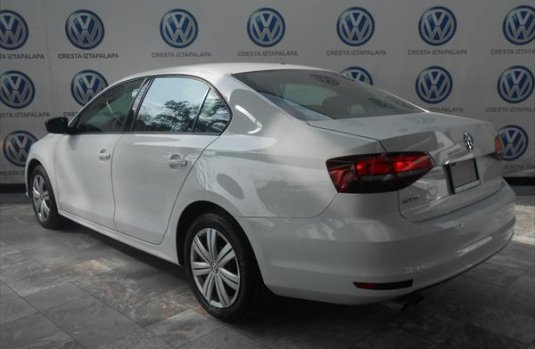 Volkswagen Jetta A6 2.0