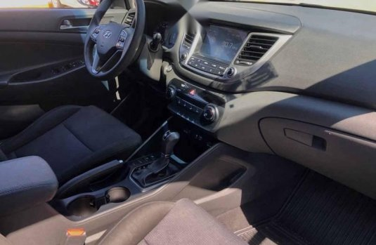 Hyundai Tucson 2018 5p GLS Premium L4/2.0 Aut