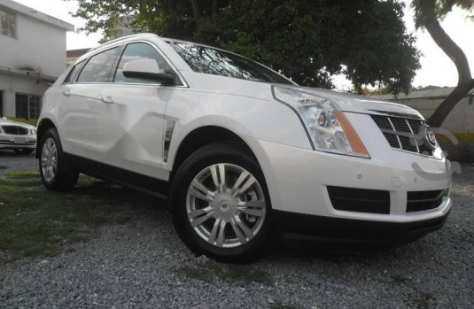 Cadillac Premiun SRX mod. 2011 equipada