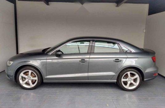 Audi A3 2016 4p Ambiente L4/1.8/T Aut