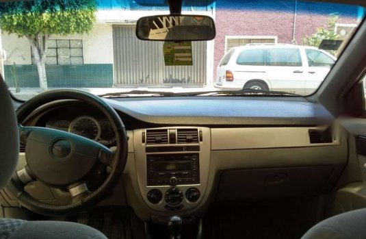 Chevrolet Optra 2010 bien cuidado, todo pagado.