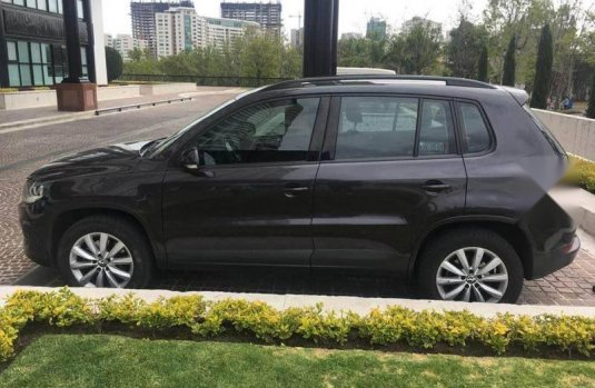 Volkswagen Tiguan Sport and Style 2.0 DSG, Excelente Estado