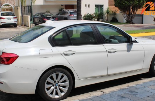 BMW Series 3 2016