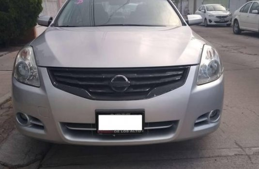 Impecable - Nissan Altima 2010 SL High 2.5