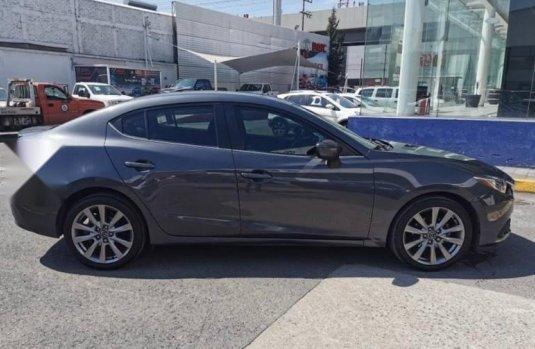 Mazda 3 1 DUEÑA
