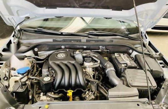 Volkswagen Jetta MK6 2.0 Standard