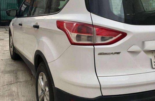 Ford Escape 2014 blanca