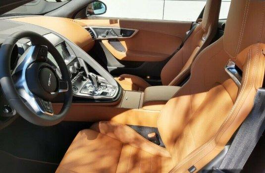 Jaguar F type R-Dynamic 2020 2.0T 300hp