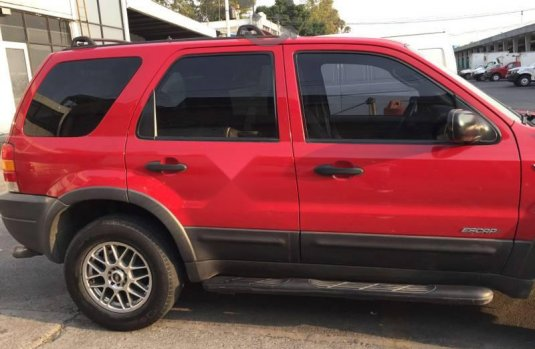 FORD ESCAPE 2002 XLT 4X2