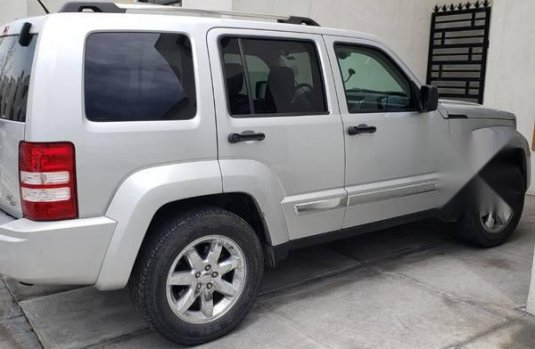 Jeep liberty limited 2009