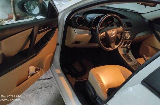 Mazda 3 touring 2.0/ piel.